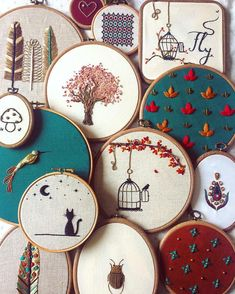 Great embroidery designs in the hoop. Instpiration for own embroidery pictures.- Tolle Stickmotive im Stickrahmen. Great embroidery designs in the hoop. Hand Embroidery Stitches, Embroidery Hoop Art, Hand Embroidery Designs, Cross Stitch Embroidery, Embroidery Ideas, Hand Stitching, Simple Embroidery, Stitch Patterns, Needlework