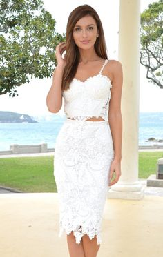 WHITE LACE TWO PIECE CROP TOP AND MIDI SKIRT #ustrendy www.ustrendy.com
