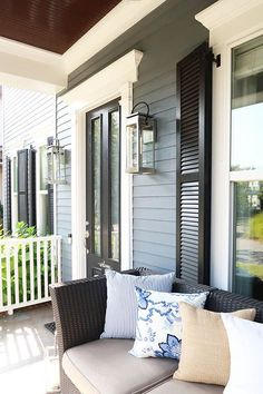 Before you buy outdoor wall sconces for the exterior of your home, read this! How to choose the right outdoor wall sconce. How to remove silicone caulk from your painted siding. | Porch Daydreamer Porch Lighting, Exterior Lighting, Sconce Lighting, Lighting Ideas, Porch Makeover, Exterior Makeover, House Paint Exterior, Exterior House Colors, Outdoor Wall Sconce