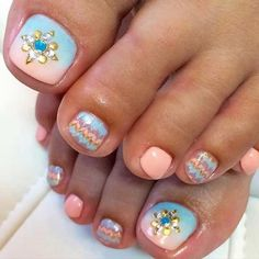 31 Easy Pedicure Designs for Spring – StayGlam Cute Pedicure Designs, Nail Art Designs, Nail Designs Spring, Simple Nail Designs, Pedicure Nail Art, Toe Nail Art, Gel Nails, Toenails, Pretty Toe Nails