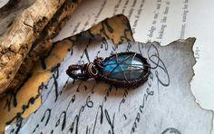 Labradorite Pendant Wrapped In Antiqued Copper ♡