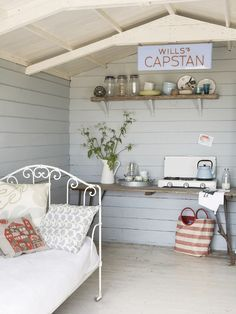 Shabby chic shed interiors she shed interior design дом, Casas Shabby Chic, Shabby Chic Interiors, Shabby Chic Homes, Beach Hut Interior, Shed Interior, Interior Design, Beach Hut Decor, Granny Pods, Summer House Interiors