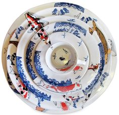 """* Mervyn Gers recently won the Best decorated Award at Ceramics South Africa's Cape Regional with his beautiful Koi and Blue Willow Set. """"A series of plates patterned in decals recalling the familiar Willow Pattern designs and the Koi fish of the East. Ceramic Tableware, Porcelain Ceramics, Ceramic Pottery, Ceramic Art, Ceramic Bowls, Kitchenware, Carpe Koi, Willow Pattern, Ceramic Studio"""