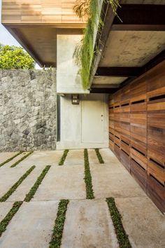 Paving and grass pattern // Atelier Riri