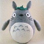 Patrón de amigurumi Totoro en español