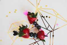 These tall heart picks are a great way to spruce up your cake, cupcakes, or appetizers!!! You can even use them as cocktail swizzle sticks!! Sold in