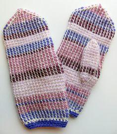 Luxury Purple Crafts Mittens In Tunisian Crochet Tunisian Crochet In the Round Of New 46 Mode… – Tunisian Crochet İdeas. Crochet Mittens, Mittens Pattern, Crochet Gloves, Crochet Pillow, Crochet Hooks, Vintage Crochet Patterns, Afghan Crochet Patterns, Knitting Patterns, Crochet Round