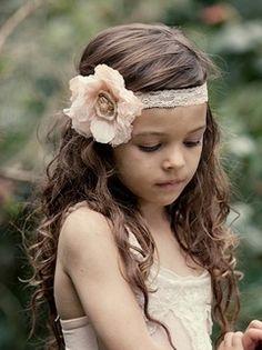I like how she's wearing the headband pretty-little-girl-stuff