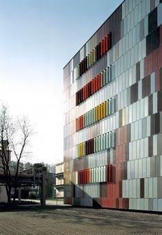Pharmacological research laboratories (Boehringer Ingelheim Pharma KG) Biberach – Germany by Sauerbruch Hutton architects: