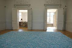 """Felix Gonzalez-Torres, """"Untitled (Revenge)"""" (1991), blue spearmint candies"""
