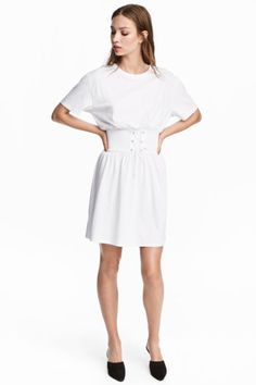T-shirt dress with lacing - White - Ladies | H&M GB