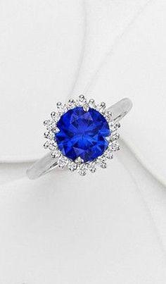 Sapphire Halo Diamond Ring ❤︎