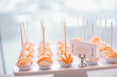 Red Velvet Cake Pops ;) Photography by scottandrewstudio.com, Desserts by sweetcakesbyrebecca.com