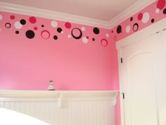 (KIDS ROOMS)  Cute idea for kids' room or kids' bathroom. LOVE THIS! I am going to do this for the girls bedroom!