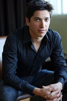 Yan England (Actor) Québec :)