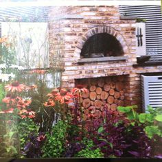 Pizza oven, from Garden Design mag