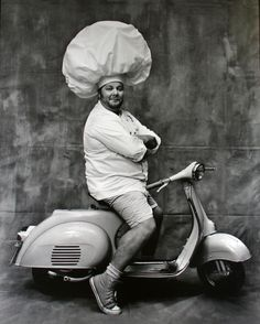 ruven afanador(1959- ), mario batali,2002. archival pigment print,  24 x 20 in. howard greenberg gallery, new york, usa  http://www.howardgreenberg.com/exhibitions/beyond-words-photography-in-the-new-yorker#32