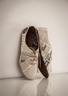 Unique Oxford Shoes Harper's Baazar  - EU 38 US 7 - real pages vintage retro style literature on shoes decoupage