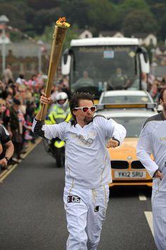 Matt Bellamy (Muse) as torchbearer for the Olympic Games of London 2012