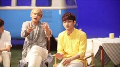 Tao ♡..the look on Luhan's face tho..lol