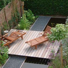 Terras zwevend over tuin Door LindaterBogt