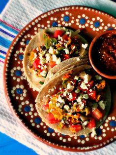 Tacos de Flor de Calabaza a la Mexicana