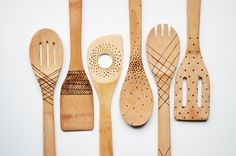 DIY the Cutest Spoons You Ever Did See ... This etched wooden spatula project from Design Mom might sound scary, but as it turns out it's fairly straightforward, and it only requires a few supplies. The opportunities to get creative with what pattern or imagery you want to use are endless. Great gift idea ----- SUPPLIES: Wooden utensils, An etching tool ........Or how about a little wood burner? I think that would work great. GREAT GIFT!!!
