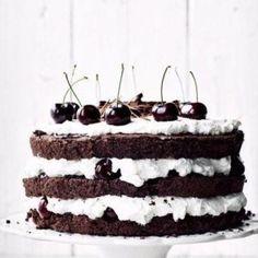 Шоколадный торт «Черный лес»