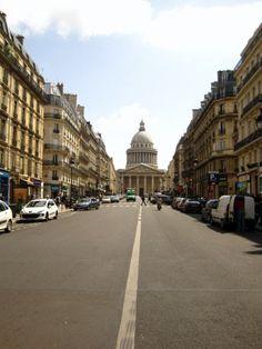 Plus droit. Pantheon et Paris.