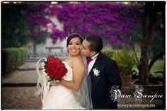 Diana + Alex @ Parroquia de San Jacinto, D.F. #bodas