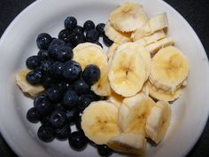 Snacks can often be filled with #BadIngredients. Simple #SnackingTips for busy days! http://www.popsugar.com/fitness/Healthy-Snack-Ideas-From-Julianne-Hough-41272502