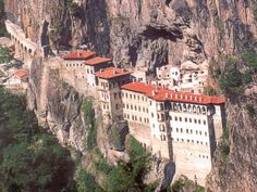 Sumela Monastery on the rocks,Trabzon-Turkey Beautiful Places In The World, Wonderful Places, Trabzon Turkey, List Of Cities, Turkey Travel, Place Of Worship, Black Sea, Travel List, Travel News