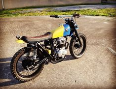 Honda CB360 by Brick House Builds LLC #Honda #HondaCB #CB360 #BrickHouseBuildsLLC #tracker #scrambler