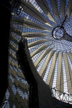 Berlin, Berlin, Potsdamer Platz    Sony Center by Murphy / Jahn