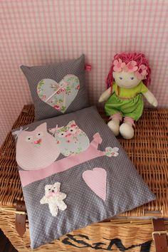 """zauberhafte Puppenbettwäsche """"Rosenträumerei"""" von Wimpellinchen auf DaWanda.com"""