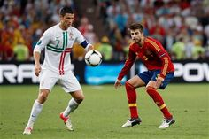 """""""Messi é talento, Cristiano Ronaldo é trabalho"""" - Piqué http://angorussia.com/desporto/messi-e-talento-cristiano-ronaldo-e-trabalho-pique/"""
