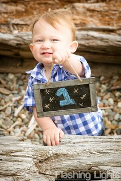 First birthday photos, chalkboard details, toddler pictures