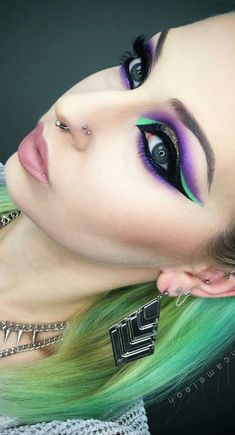 Purple green eye makeup @marioncameleon