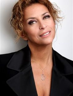 Corinne TOUZET- Artist page – Performer – AgencesArtistique … : the agency platform Source by San Salvador, Suzy, Le Clown, Lovely Eyes, Portrait, Bobby, Actors, Platform, Womens Fashion