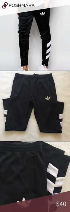 Men's Adidas Logo Trackpants Super cool Adidas originals men's track pants with on trend slim leg fit. Machine washable. Excellent condition, never worn! Adidas Pants Sweatpants & Joggers