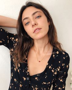 Oyster Magazine, Amelia Zadro, Gorgeous Eyes, Beautiful Witch, Hot Selfies, Attractive People, Hair Sticks, Beauty Queens, Girl Face