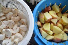 Cartofi noi la cuptor cu ciuperci si usturoi | Savori Urbane Dr Post, Romanian Food, Vegetable Recipes, Stuffed Mushrooms, Potatoes, Vegetables, Stuff Mushrooms, Potato, Veggies