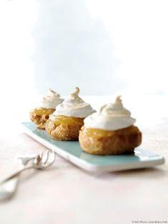 Choux au citron meringués : recette facile (3 étapes - 30 min) | Régal Desserts Français, French Desserts, Eclairs, Macarons, Muffin, Cooking, Breakfast, Food, Sweet Stuff