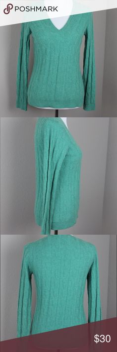 Teal Colored V-Neck Cable Knit Cashmere Sweater This sweater is amazingly soft and lightweight. Measurements; armpit to armpit: 17' length: 24' Kinross Cashmere Sweaters V-Necks