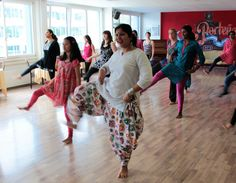 Regular Bollywood dance classes and weekend workshops for kids and adults in and around Zürich Switzeralnd
