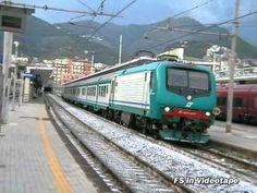 Il regionale 3469 Napoli Centrale - Taranto in doppia trazione di E.464, ovvero la 331 e la 109