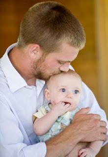 How to involve Dad in breastfeeding: 12 ways to help Mom and Dad bond with baby.