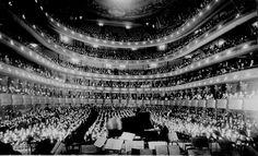 New York City's Metropolitan Opera House