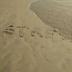 Trying to sum it up in one picture.. Hope the message goes through.. #goa #beach #waves #peace #stress #buster #nofilter