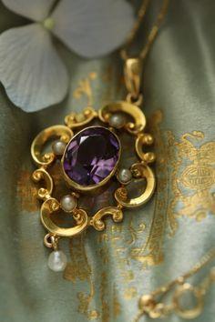 ジュエリー ジュエリー in 2020 Amethyst Jewelry, Pearl Jewelry, Pendant Jewelry, Bridal Jewelry, Silver Jewelry, Amethyst Birthstone, Antique Jewellery Designs, Beaded Jewelry Designs, Antique Jewelry
